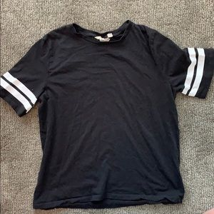 H&M black T-shirt